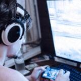ゲーム実況動画の著作権者は誰ですか?実況動画の二次的著作物性と著作権者